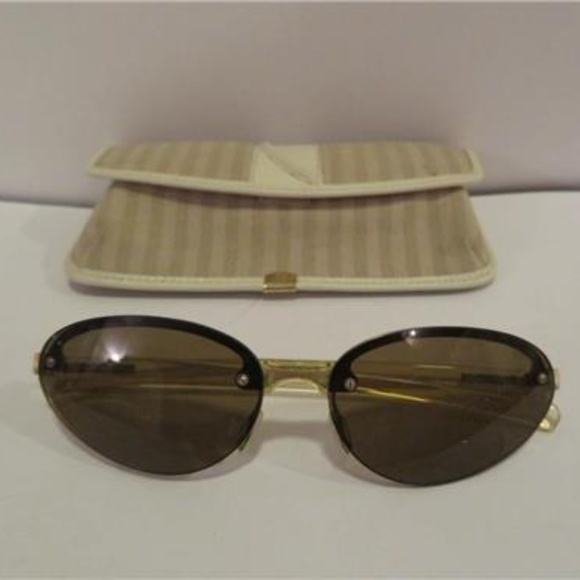 e869a6184a AUTHENTIC VINTAGE PRADA SUNGLASSES W FENDI CASE. M 5ac785b0331627877d359f52